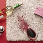 Vlekken verwijderen uit vloerbedekking